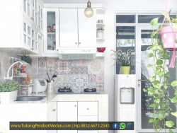 Tempah Furniture Kitchen Set di Medan